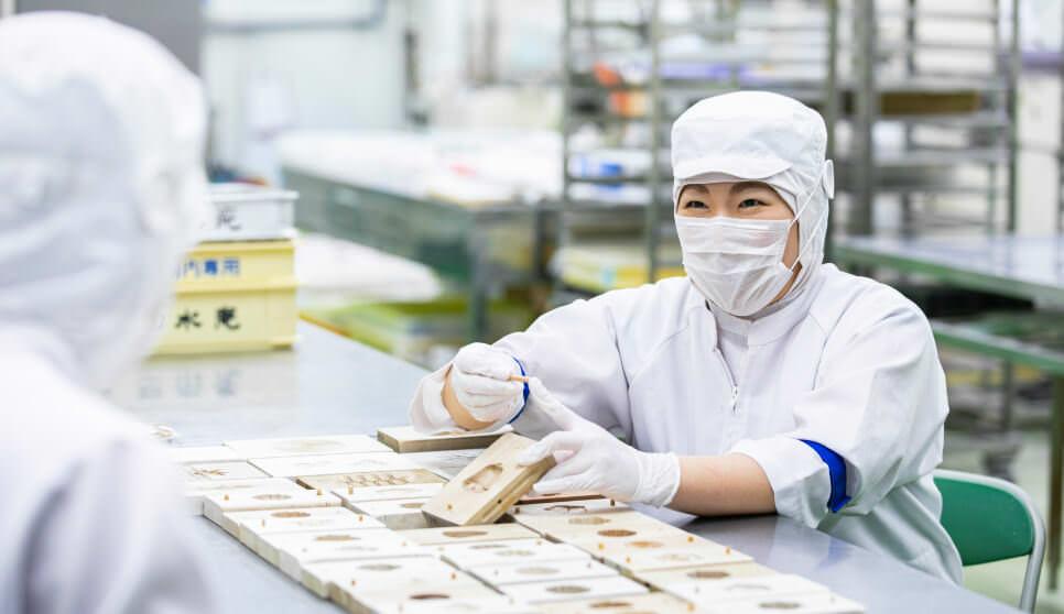 上生菓子にかかせない菓子木型は大切にメンテナンス